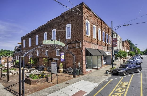 3,400 Sq-Ft attached Commercial Complex